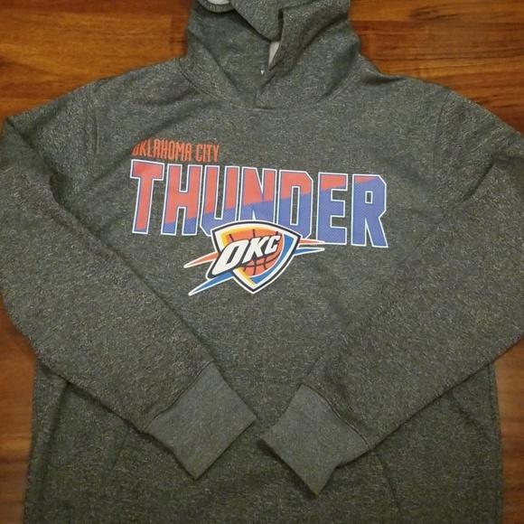 sports shoes fb1bf 586f4 NBA OKC Thunder sweatshirt size Medium